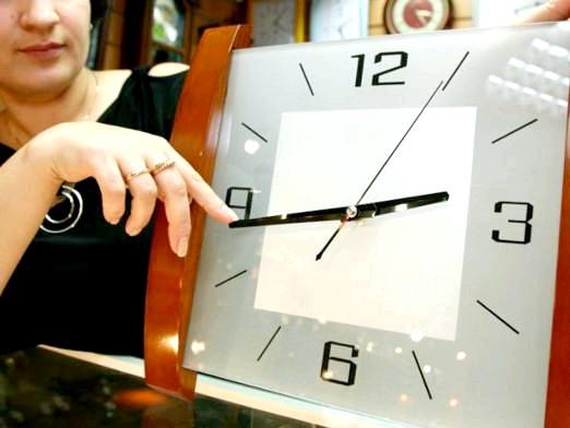 Фото - Чи будуть переводити час на зимовий?