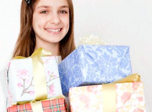 Фото - Що подарувати дівчинці 13 років?