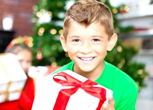 Фото - Що подарувати хлопчикові 10 років?