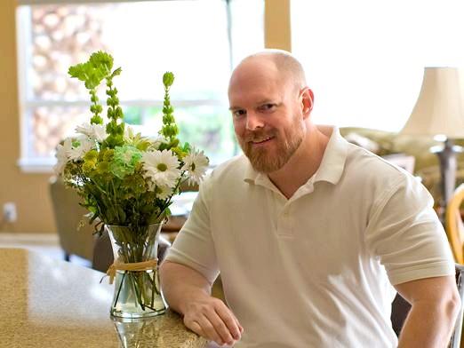 Фото - Дарують чоловікам квіти?