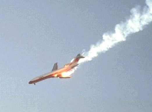 Фото - До чого сниться падаючий літак?