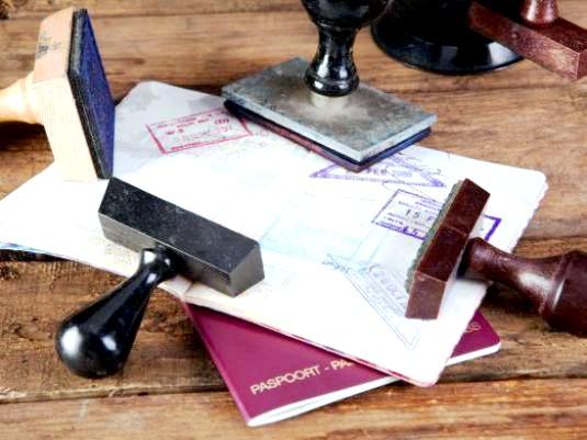Фото - Як швидко зробити закордонний паспорт?