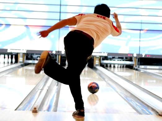 Фото - Як грати в боулінг?