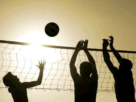 Фото - Як грати в волейбол?