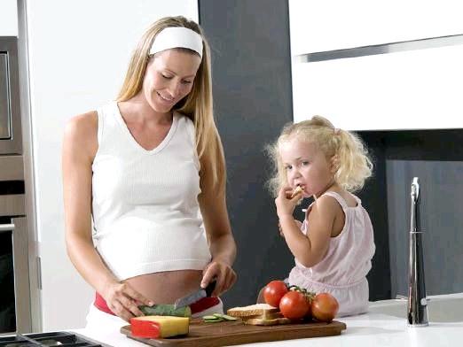 Фото - Як набрати вагу при вагітності?