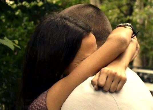 Фото - Як обійняти людину?