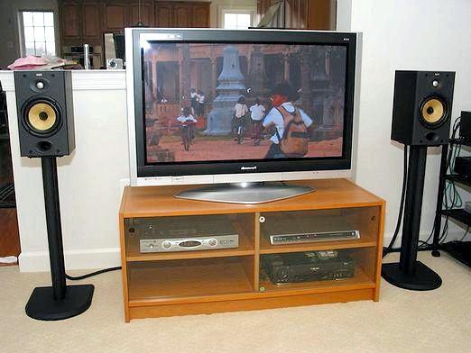 Фото - Як підключити колонки до телевізора?