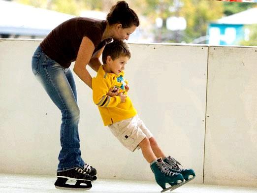 Фото - Як правильно кататися на ковзанах?