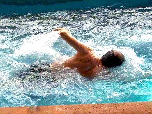 Фото - Як правильно плавати?