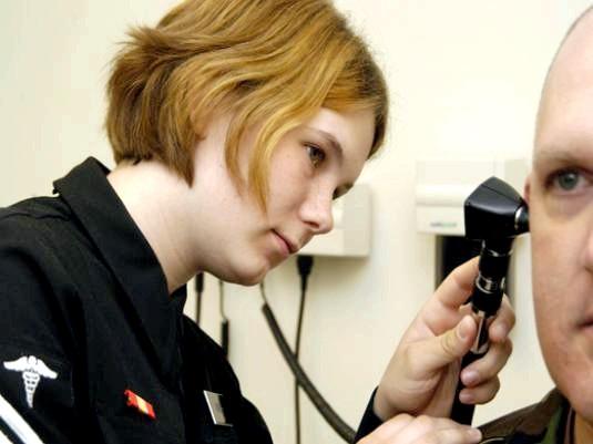 Фото - Як промити вухо?