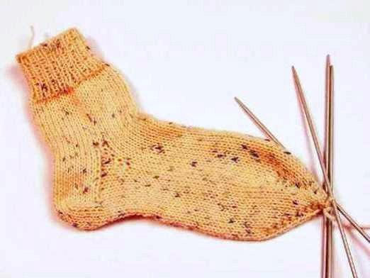 Фото - Як зв'язати шкарпетки?
