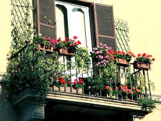 Фото - Як прикрасити балкон?