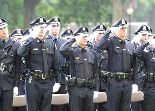 Фото - Як влаштуватися в поліцію?