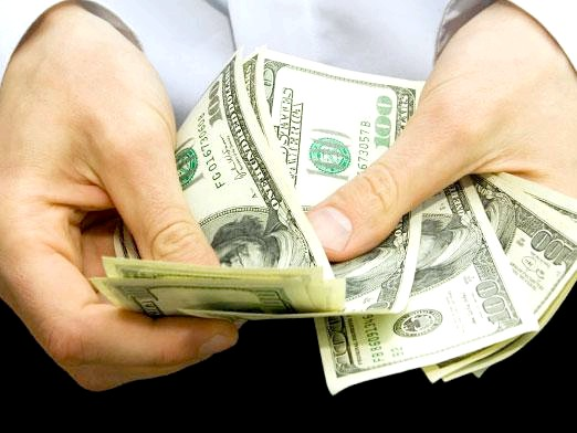 Фото - Як повернути гроші за навчання?