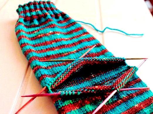 Фото - Як в'язати п'яту носка спицями?