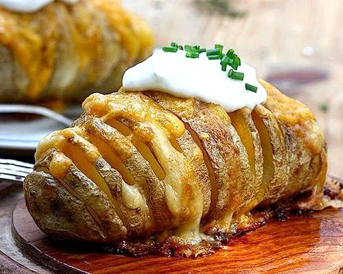 Фото - Картопля запечена в духовці