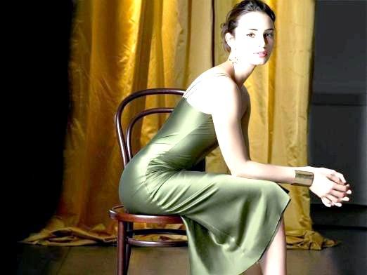 Фото - Яке плаття одягнути на весілля?