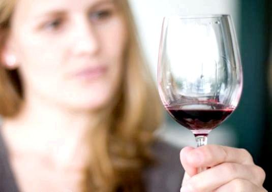 Фото - Який алкоголь можна пити?