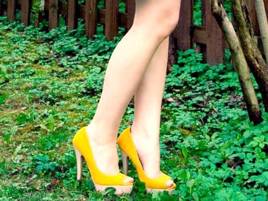 Фото - Який колір поєднується з жовтим?