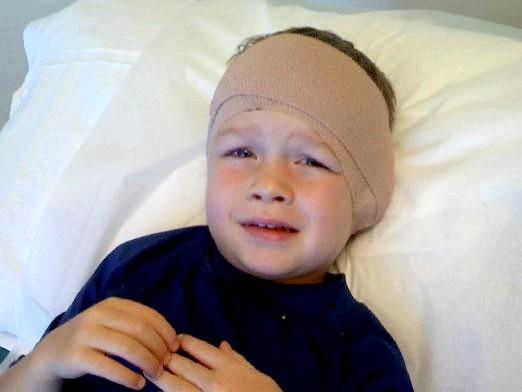 Фото - Що робити, у дитини болить вухо?