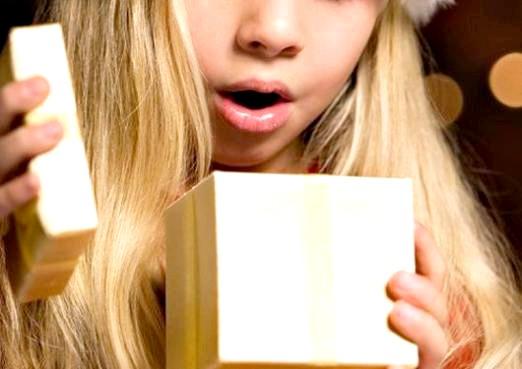 Фото - Що подарувати на хрестини дівчинці?