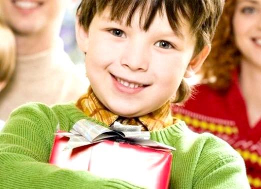 Фото - Що подарувати на хрестини хлопчикові?