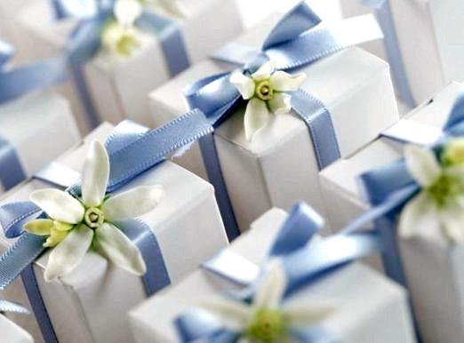 Фото - Що подарувати на весілля друзям?
