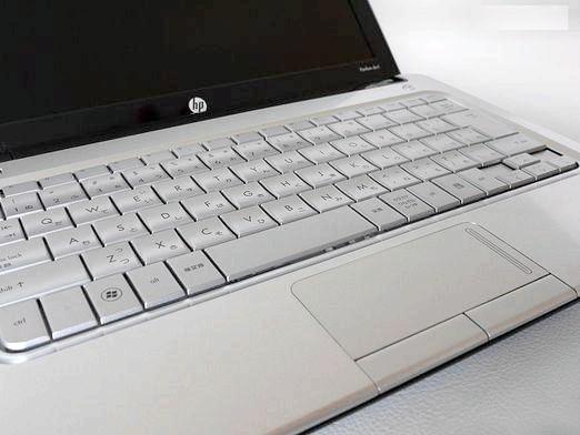 Фото - Чому ноутбук сам вимикається?
