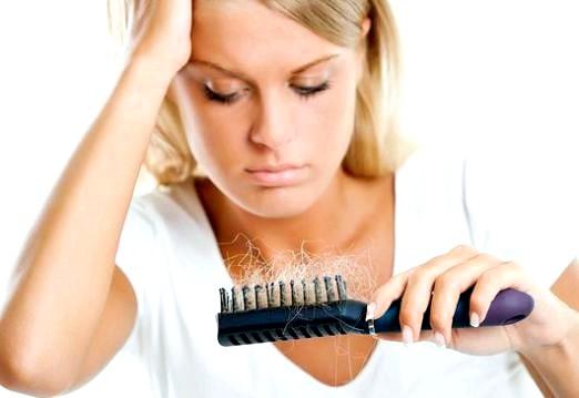 Фото - Чому випадає волосся на голові?