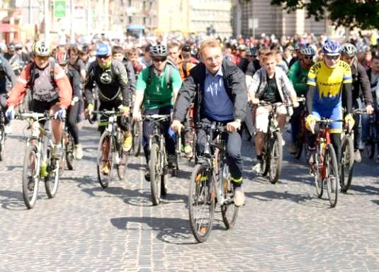 Фото - Чим корисний велосипед?