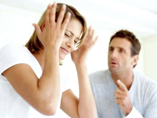 Фото - Що робити, якщо чоловік ображає?