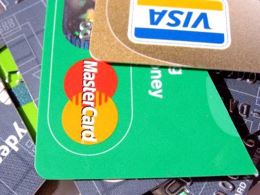 Фото - Що краще: visa або mastercard?