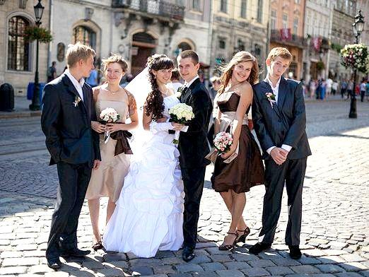 Фото - Що надіти на весілля влітку?