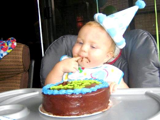 Фото - Що подарувати дитині на 1 рік?