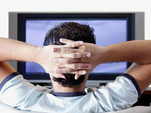 Фото - Чому не можна дивитися телевізор?