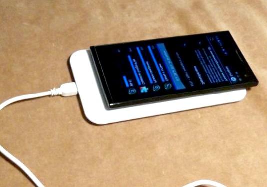 Фото - Скільки заряджати телефон?