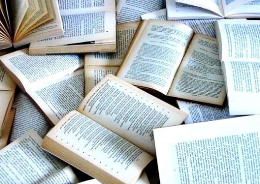 Фото - Що читає Росія?