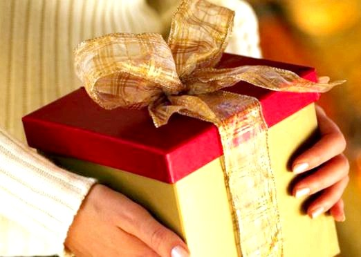 Фото - Що подарувати родичам?