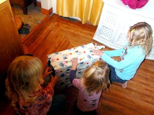Фото - Що подарувати сестрі на день народження?