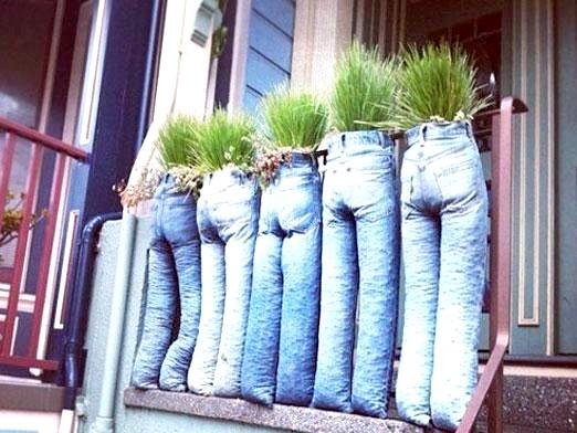 Фото - Що зробити зі старих джинсів?